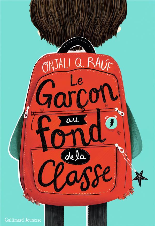 LE GARCON AU FOND DE LA CLASSE