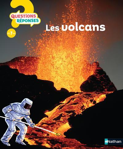 LES VOLCANS - VOL17 ADAMS, SIMON CLE INTERNAT