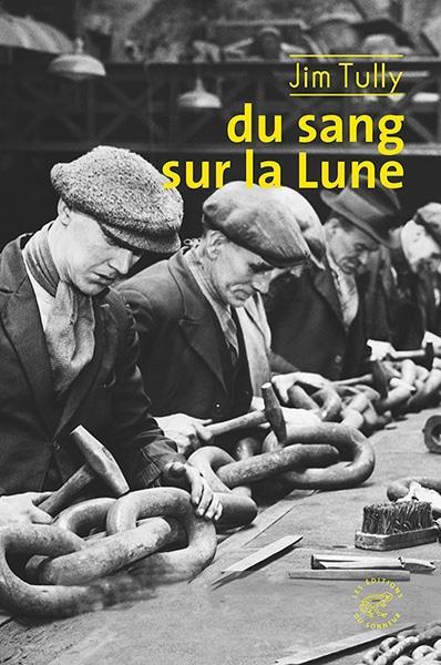 DU SANG SUR LA LUNE