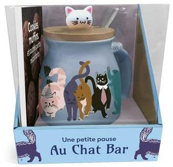 UNE PETITE PAUSE AU CHAT BAR COLLECTIF FIRST