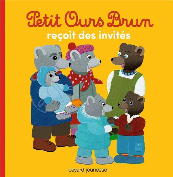 PETIT OURS BRUN RECOIT DES INVITES